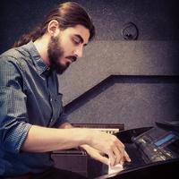 فرزاد مقدم منش - تدریس خصوصی پیانو توسط آهنگساز,تنظیم کننده و مدرس پیانو